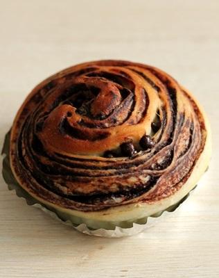 おいしいチョコを使うと、パンもやっぱりおいしいのです_a0165538_09365515.jpg