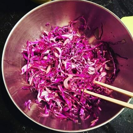 食日記「紫キャベツのマリネ」_b0277645_07480285.jpg