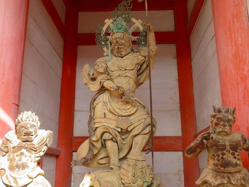 仁和寺の伽藍20200122_e0237645_16422438.jpg