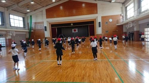 妻鳥小学校の自由参観日_e0181051_11055583.jpg