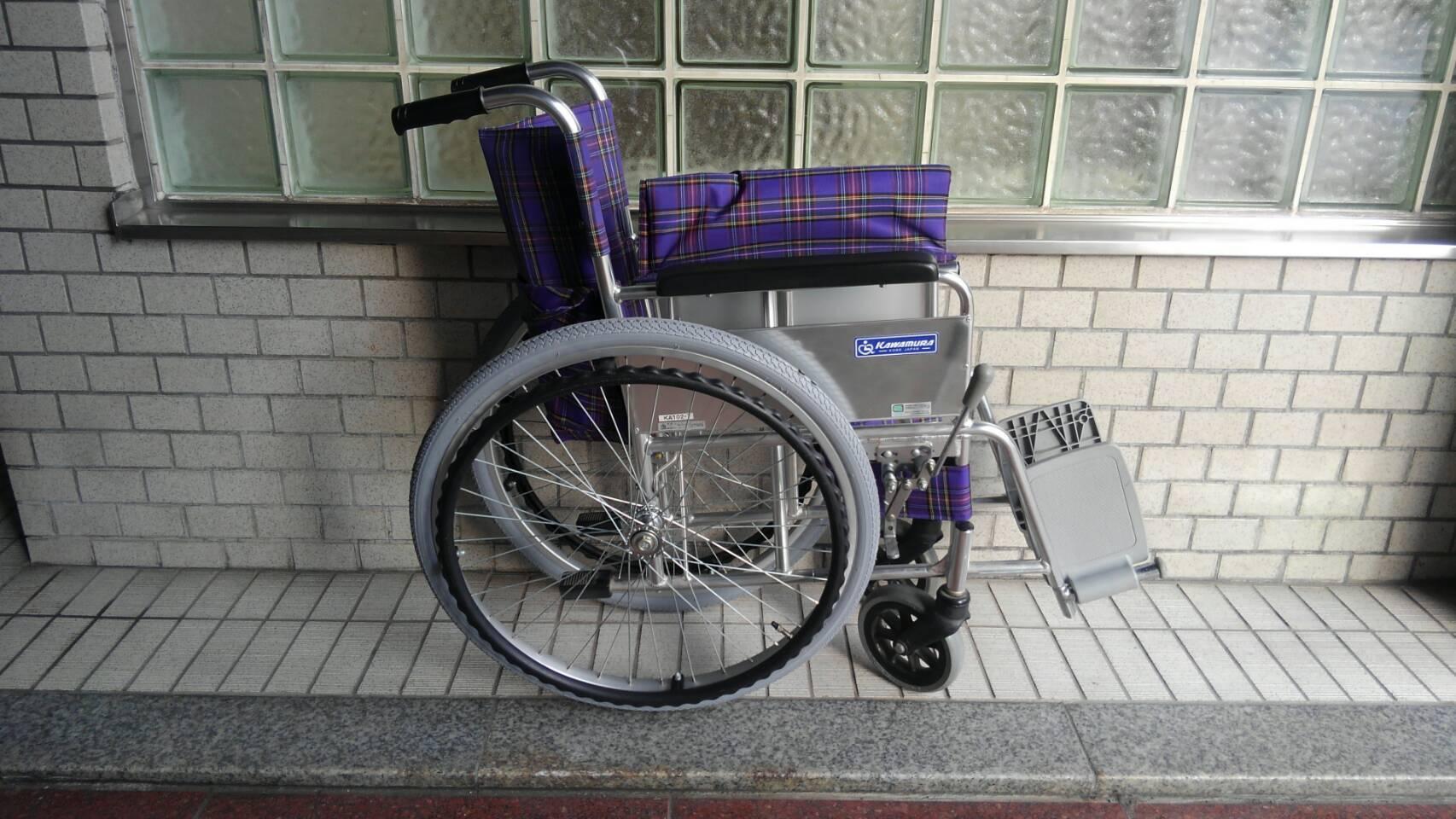 病院からのご依頼(^^)車いす修理_a0216771_10032083.jpg