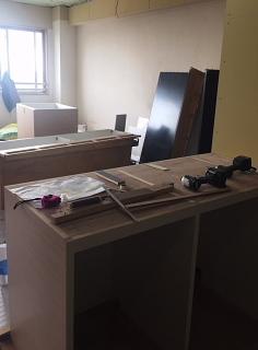 家具工事中_c0039501_17354712.jpeg