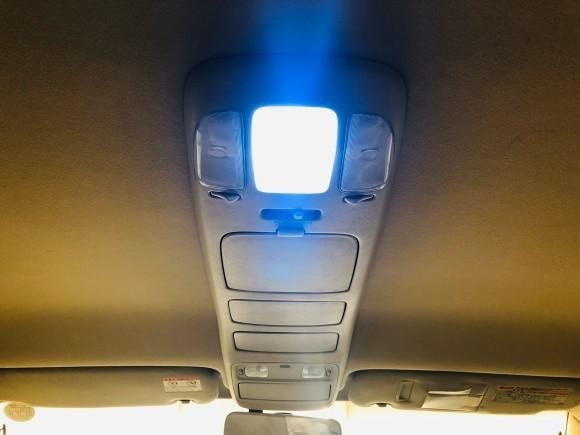 1月23日(木)ランドクルーザー100 VXリミテッド 4.7VXリミテッド 4WD あります♬  ランクル ハマー エスカレードならTOMMY☆彡_b0127002_19230564.jpg