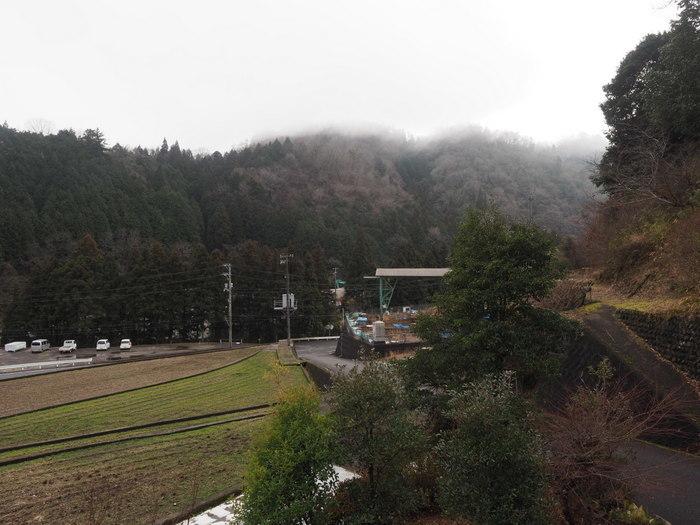 雨のち一時日が射しのち曇り_c0116915_22284034.jpg