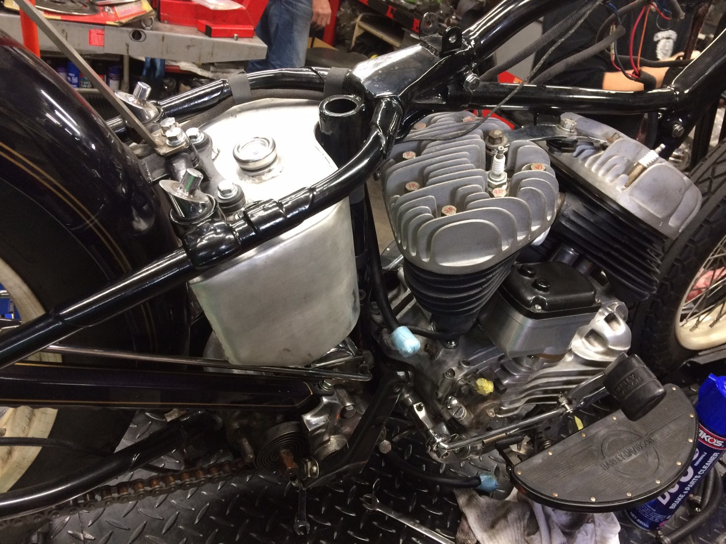 \'47 WL Engine Repair_b0160319_17024275.jpg
