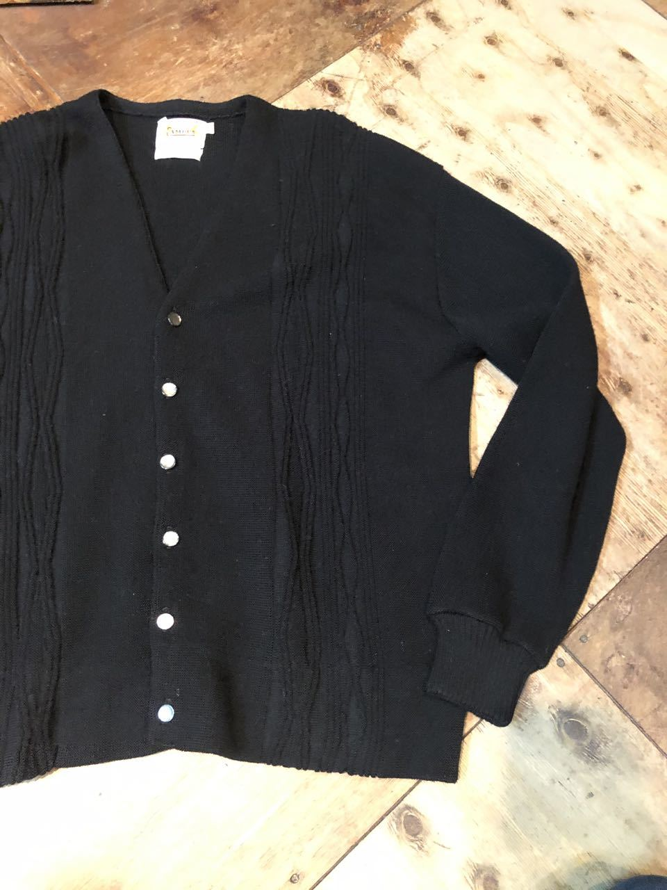1月23日(木)入荷! 60s all virgin wool CAMPUS BLACK Cardigan !!_c0144020_13033348.jpg