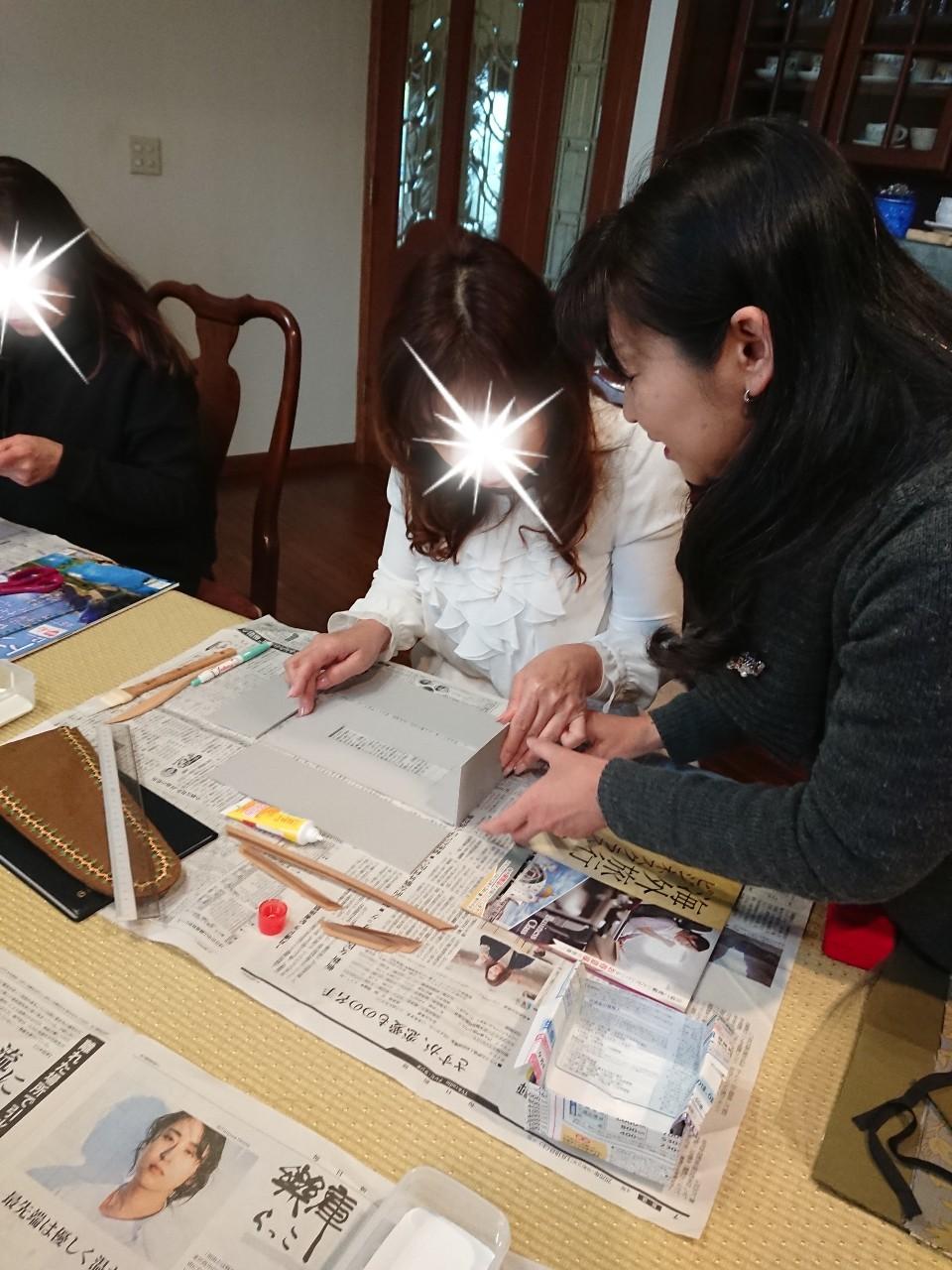 カルトナージュ教室3日目_f0323446_23230910.jpg