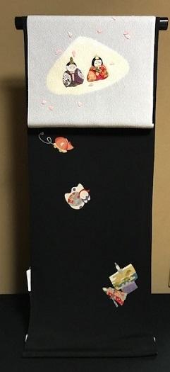 商品紹介・綺麗なアップリケのお雛様の帯+岡重小紋。_f0181251_19065748.jpg