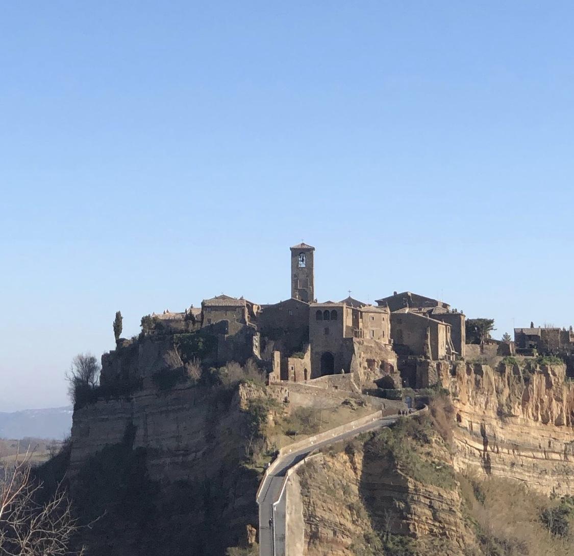 イタリア旅行記④天空の町チヴィタ・ディ・パニョレージョ☆_b0114367_08403023.jpeg