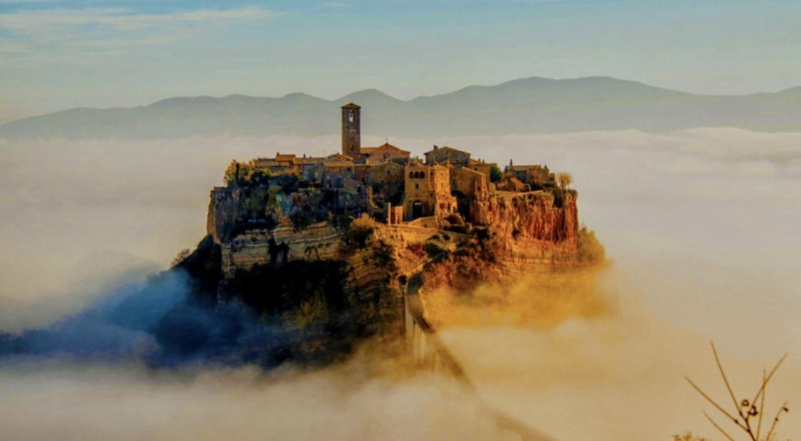 イタリア旅行記④天空の町チヴィタ・ディ・パニョレージョ☆_b0114367_08554610.jpeg