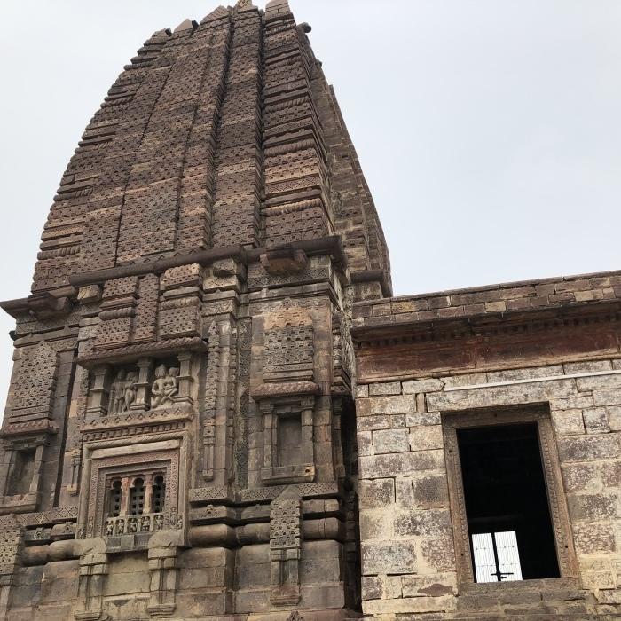 Parvati Temple/Chaturmuka Mahadeba Temple:Nachna村_f0157870_02074444.jpeg