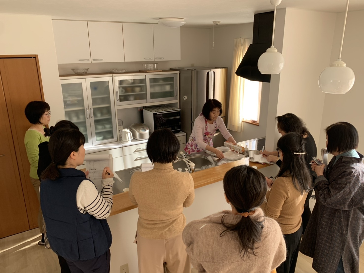 第3回[自分時間が手に入る!スーパー家政婦の時短調理術・実演&片づけのプロの使いやすいキッチン収納講座]_a0239890_12174510.jpg