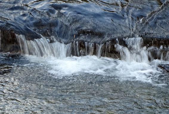 寒の水はいいけど浴びるのは榊原温泉を_b0145296_15012653.jpg