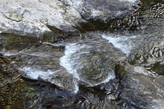 寒の水はいいけど浴びるのは榊原温泉を_b0145296_15012942.jpg