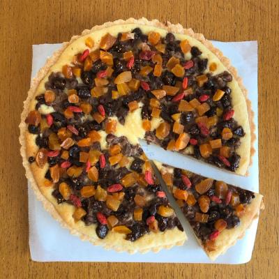 小豆とドライフルーツのタルト_b0102217_15583336.jpg