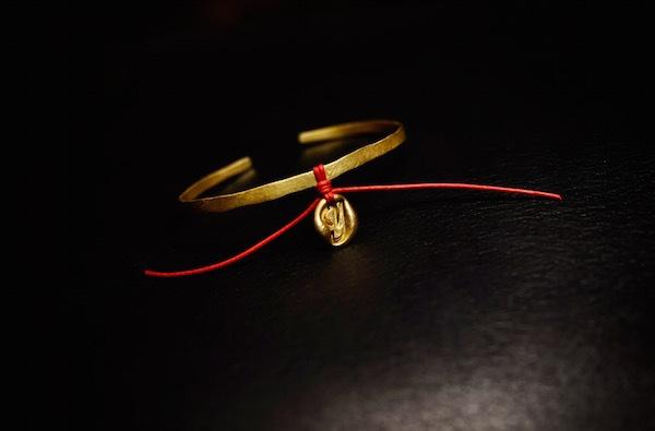brass bangle + initial drop_b0172633_20220665.jpg