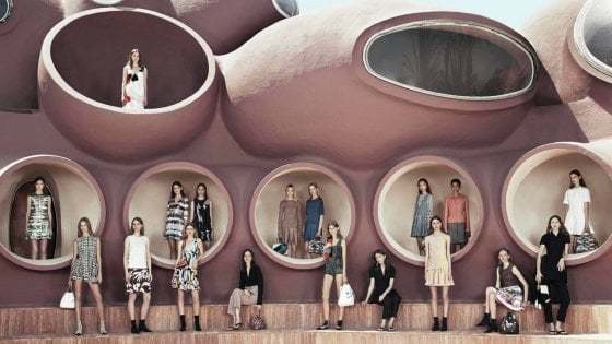 Dior春夏コレクションのお披露目はレッチェで!_b0305039_00473588.jpg