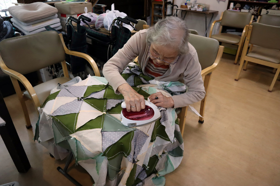 裁縫 ~ パッチワークの寝具セット ~_e0222340_15351817.jpg
