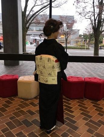 野田さんコンサートのお客様・結城紬や楽器の帯。_f0181251_17402982.jpg