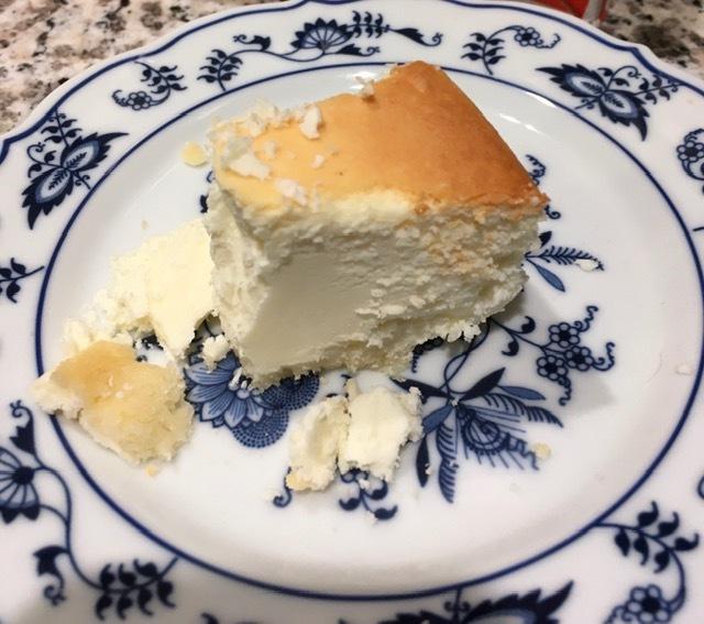 ブルックリンから全米No1のチーズケーキ届く_e0350971_14111202.jpg