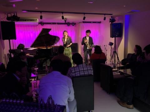 Jazzlive Cominジャズライブカミン  本日25日土曜日はレーザーディスク上映会_b0115606_12412204.jpeg