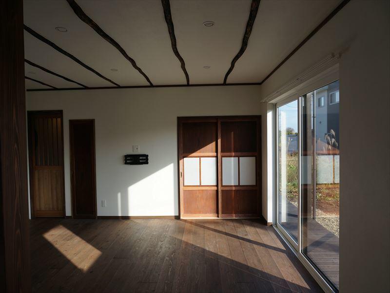 花巻の家 完成写真 その③_f0105112_04224447.jpg