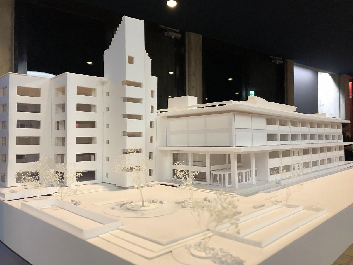 前川國男 近代建築を巡る その3  弘前市庁舎 1958年、新館 1972年_e0028417_21284323.jpg