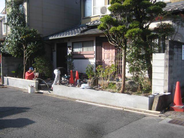 塀工事9 洗出し_e0360218_09154605.jpg