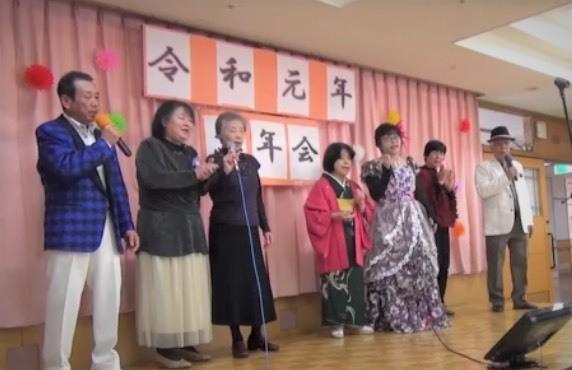 椿の苑  カラオケ慰問_b0045821_20434375.jpg