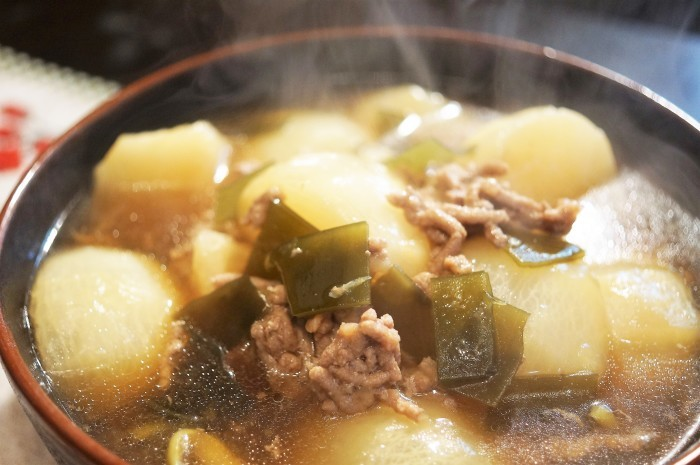 ■晩ご飯【蕪のそぼろ餡かけ煮】圧力鍋使用でとろける美味しさです♪_b0033423_22301474.jpg