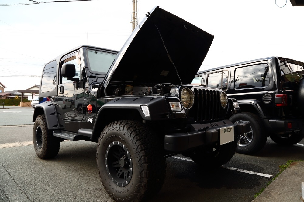 ブラックTJ外装作業完了からライトカーキも仕上げ開始_f0105425_17483551.jpg