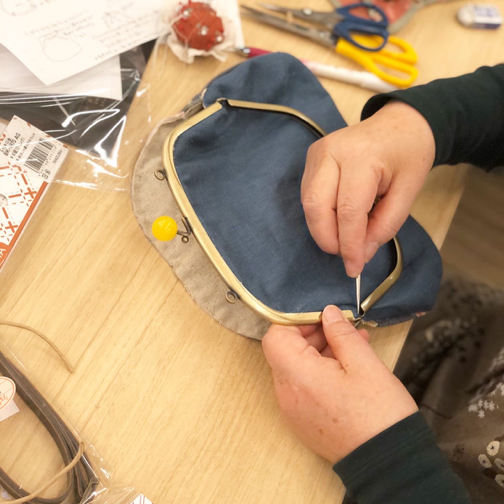 キルトジャパン『手縫いで作るがま口ポシェットWS』素敵な作品が完成♪_f0023333_20545716.jpg