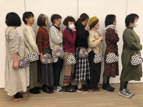 キルトジャパン『手縫いで作るがま口ポシェットWS』素敵な作品が完成♪_f0023333_20545895.jpg