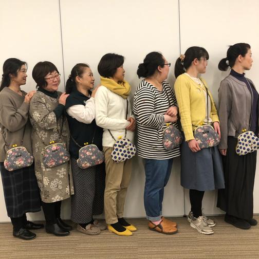 キルトジャパン『手縫いで作るがま口ポシェットWS』素敵な作品が完成♪_f0023333_20550020.jpg