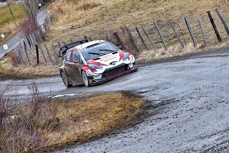WRC開幕戦ディ2、大堀ベスト4、大坂敗退、藤井七段快勝_d0183174_09412649.jpg