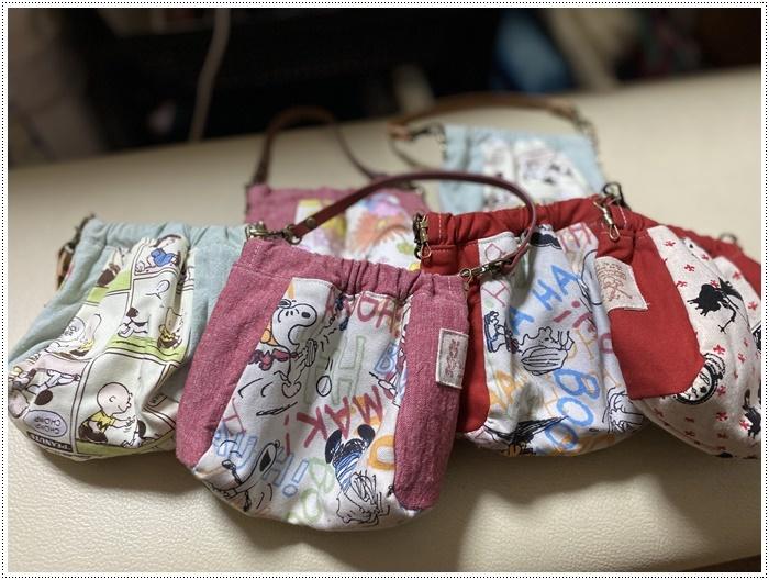 やっとロックミシンの糸通しが終わったので、わんこ服や小物作りを始めようかな~_b0175688_20122704.jpg