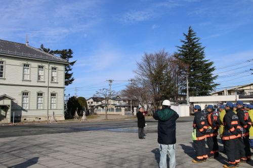 重要文化財・旧米沢高等工業学校本館にて消防訓練を行う_c0075701_11051434.jpg
