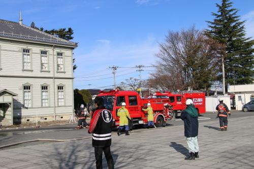 重要文化財・旧米沢高等工業学校本館にて消防訓練を行う_c0075701_11070826.jpg