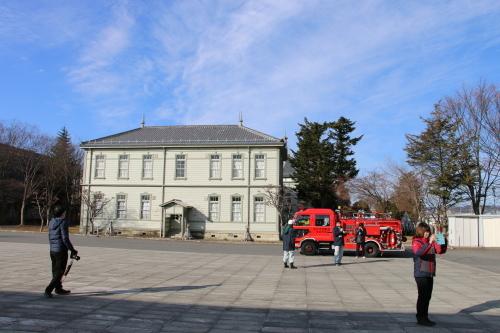 重要文化財・旧米沢高等工業学校本館にて消防訓練を行う_c0075701_11081545.jpg