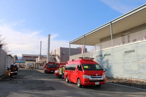 重要文化財・旧米沢高等工業学校本館にて消防訓練を行う_c0075701_11083191.jpg