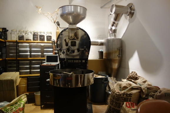 WOODBERRY COFFEE ROASTERSさんでスコーンとパンケーキ_e0230011_16535653.jpg