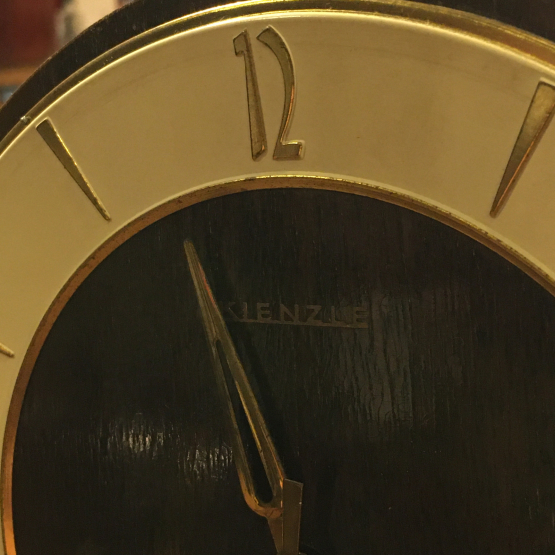 KIENZLE キンツレー 置き時計の修理_b0167617_12132454.jpg