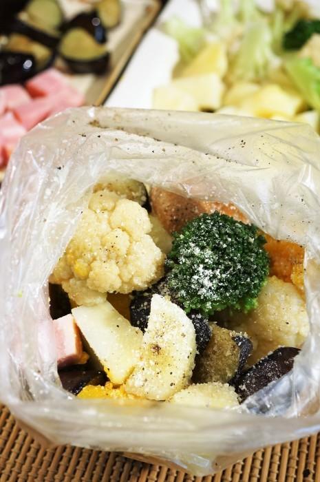■副菜【寒いときはホットサラダがいいね♥^^】これならお野菜が幾らでも食べられちゃいます♪_b0033423_20453572.jpg