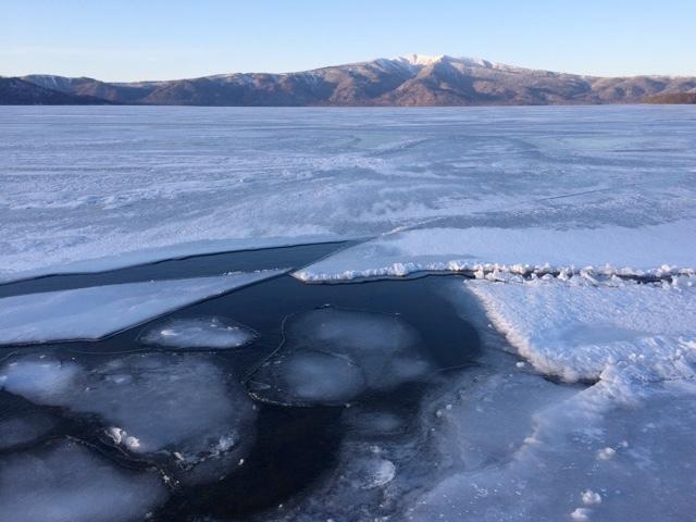 屈斜路湖の結氷の現在_e0405754_20310569.jpg