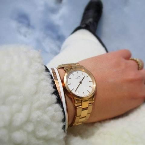 DW ダニエルウェリントン * 新作「ICONIC LINK」で冬のホワイトコーデ、やってみました♪_f0236260_15091501.jpg