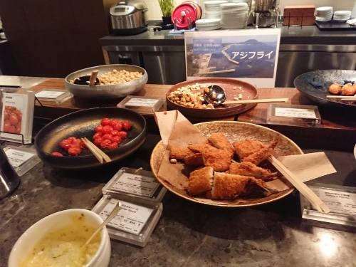 カメリアで、ガッツリ朝ご飯♪_c0100865_11133435.jpg