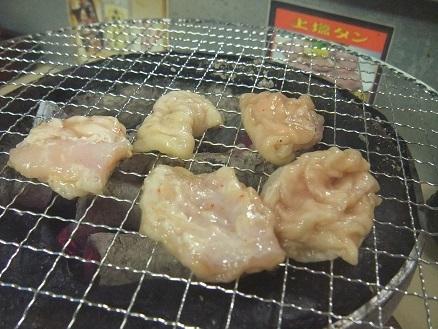 新規開拓です。東屯田通の焼肉屋「極楽ホルモン」 _f0362073_14200857.jpg