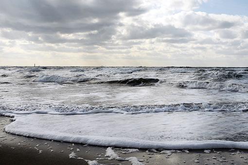 海を見て、ラーメン食べて帰りました_e0414191_07135127.jpg