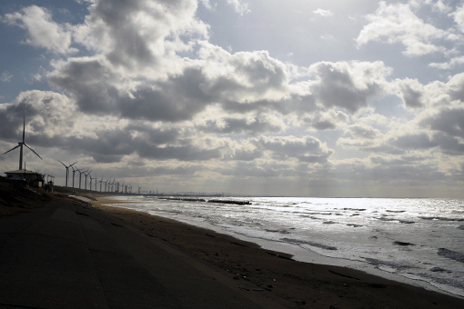 海を見て、ラーメン食べて帰りました_e0414191_07140529.jpg