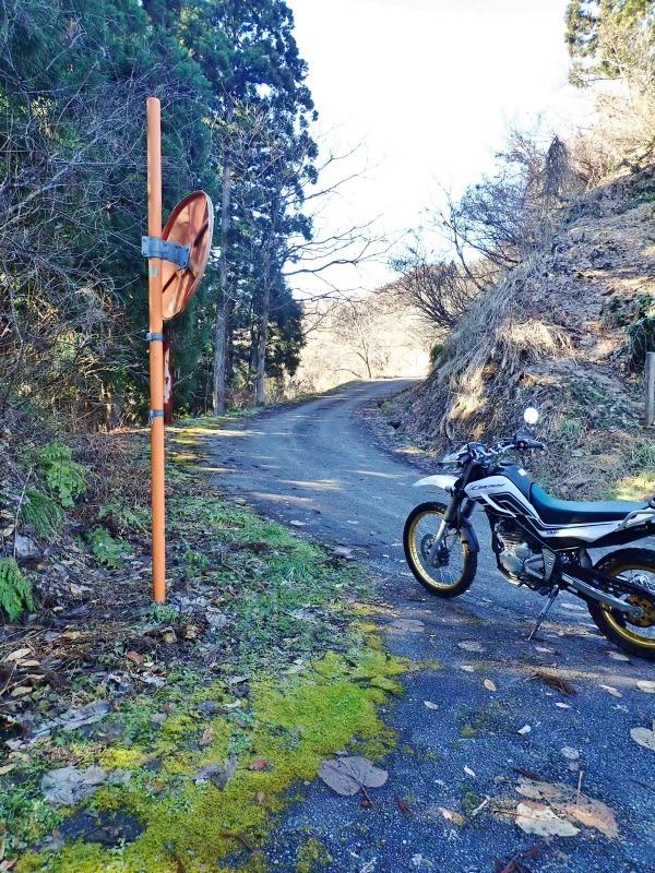 真冬だけどセローで林道へ登ってみました!_c0336902_20474950.jpg